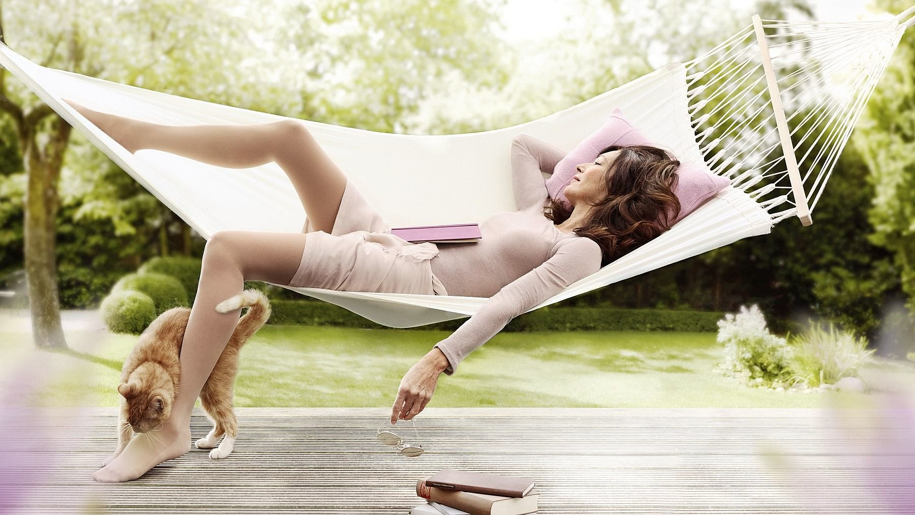 Mediven comfort compression stockings for venous disease