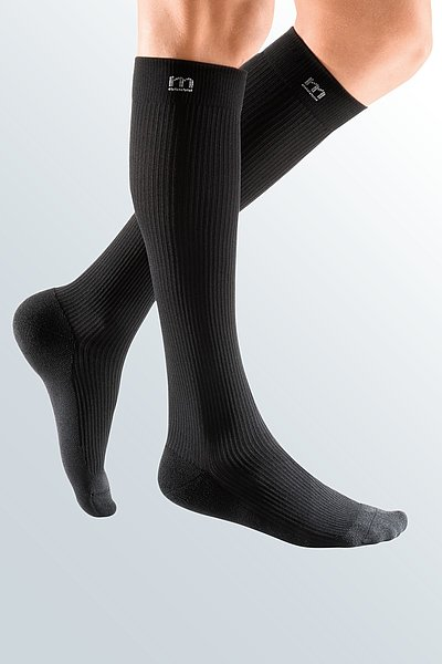 sporty compression stocking for men black