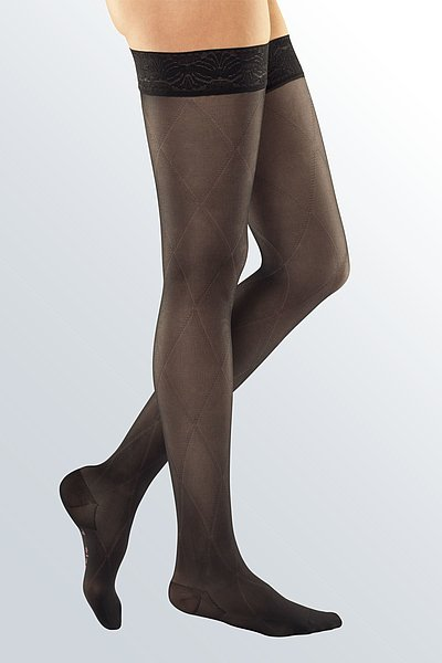 elegant compression stockings for venous insufficiency