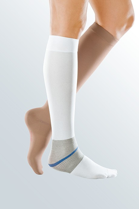 leg stocking wound compression