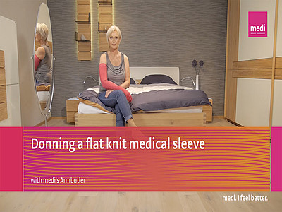 Donning a flat knit medical sleeve with medi´s Armbutler
