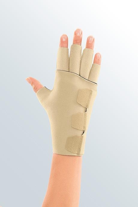 Circaid juxtafit essentials open palm glove detail picture